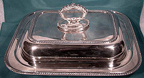 Silverplate COVERED ENTREE SERVING DISH with DIVIDER