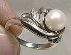 18K WHITE GOLD CULTURED PEARL RING 1950s - Size 5