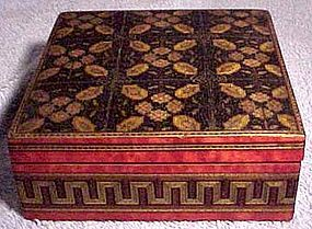 Superb 19thC SORRENTO WARE BOX - Great Workmanship