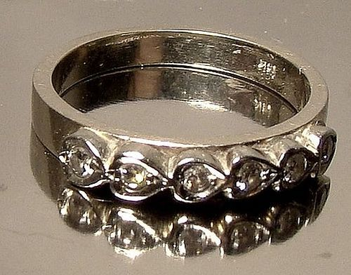 14K White Gold DIAMONDS in Hearts Ring Wedding Band