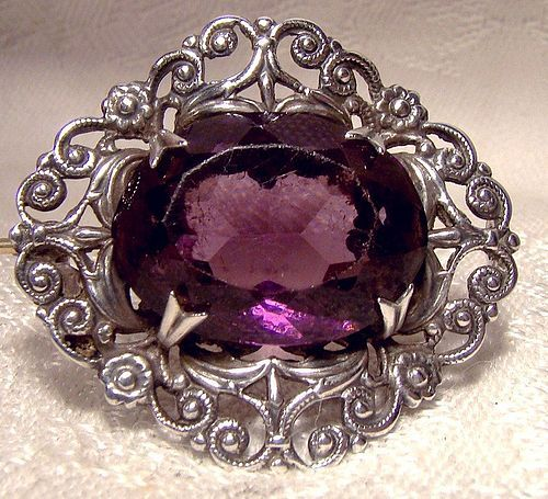 Scottish Sterling Silver Filigree Pin Brooch with Amethyst Crystal