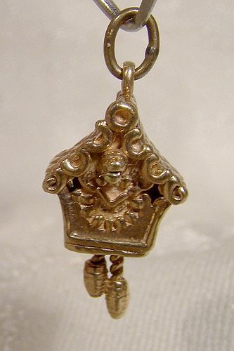 10K Yellow Gold Cuckoo Clock Moving Weights Charm 1960s