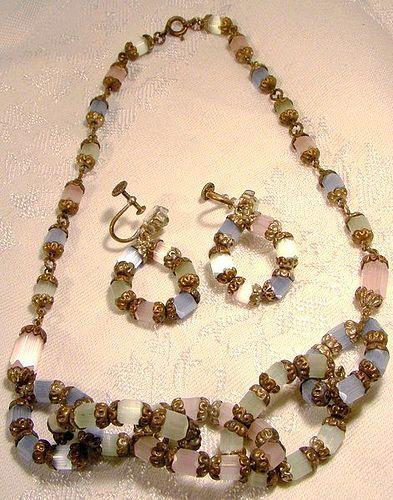 Feldspar Necklace and Earrings Set 1930s - Pastel Colours