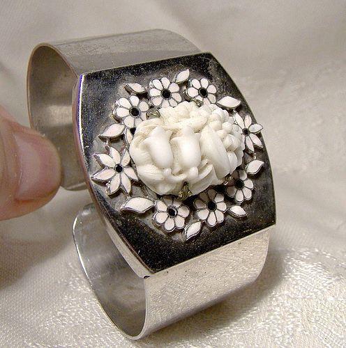 Art Deco Floral Molded Glass Enamel Chrome Clamper Cuff Bracelet 1934