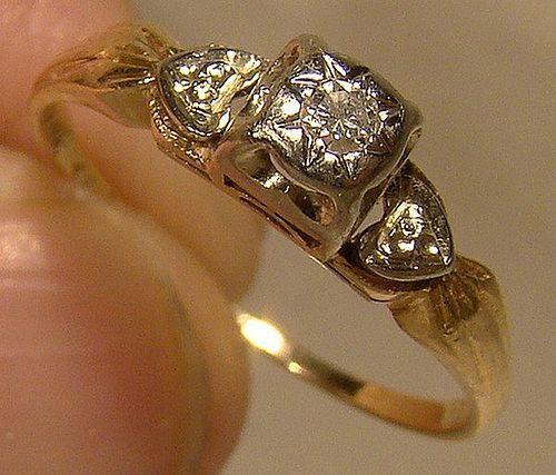 Art Deco 14-18K Diamond Heart Shoulder Ring 1930s - Size 6