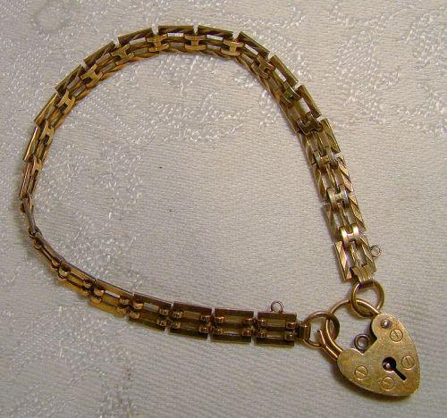 Gilt Sterling Silver Heart Lock Bracelet London 1978 Hallmark Heart