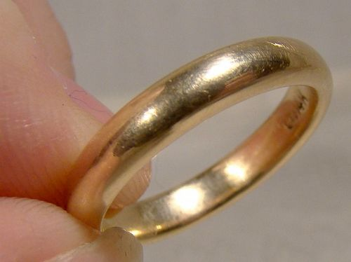 14k Rounded Wedding Band Ring Size 7-1/2 14 K Yellow Gold 5.2 gr