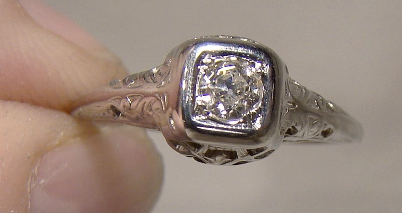 18K White Gold Filigree Art Deco Diamond Ring 1920s 18 K Size 5-3/4