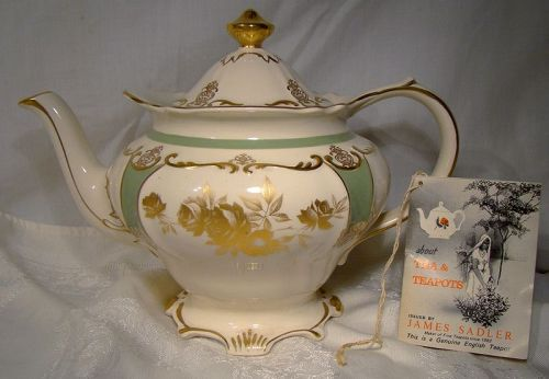 Sadler Green with Gold Roses Victorian Style Teapot with Booklet 1960