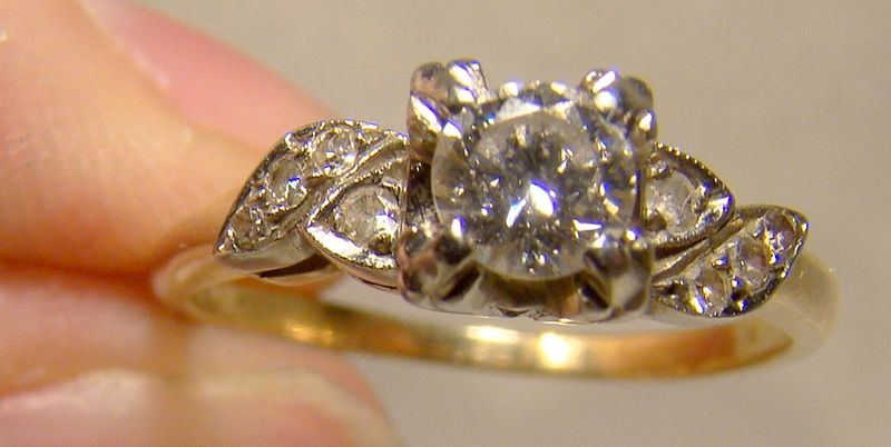 14K Yellow Gold Diamonds Engagement Ring 1940s - Size 6-1/2 with Appr.