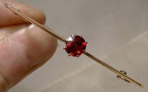 10K Rose Gold Garnet Bar Pin Brooch 1880-1910