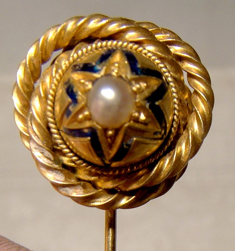 15K Yellow Gold Enamel and Pearl Victorian Stickpin Lapel Brooch 1860s