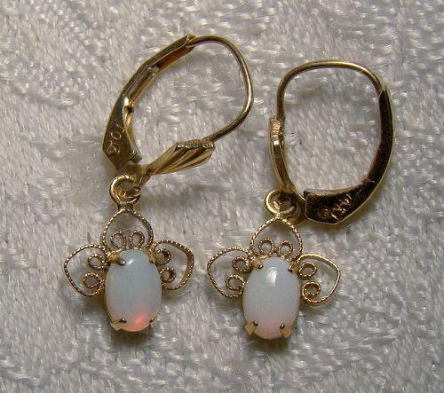 Pair 14K Yellow Gold Opal Wirework Dangle Earrings 1960s-70s