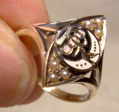 14K Yellow Gold Rebekah Lodge Seed Pearls and Enamel Ring 1910