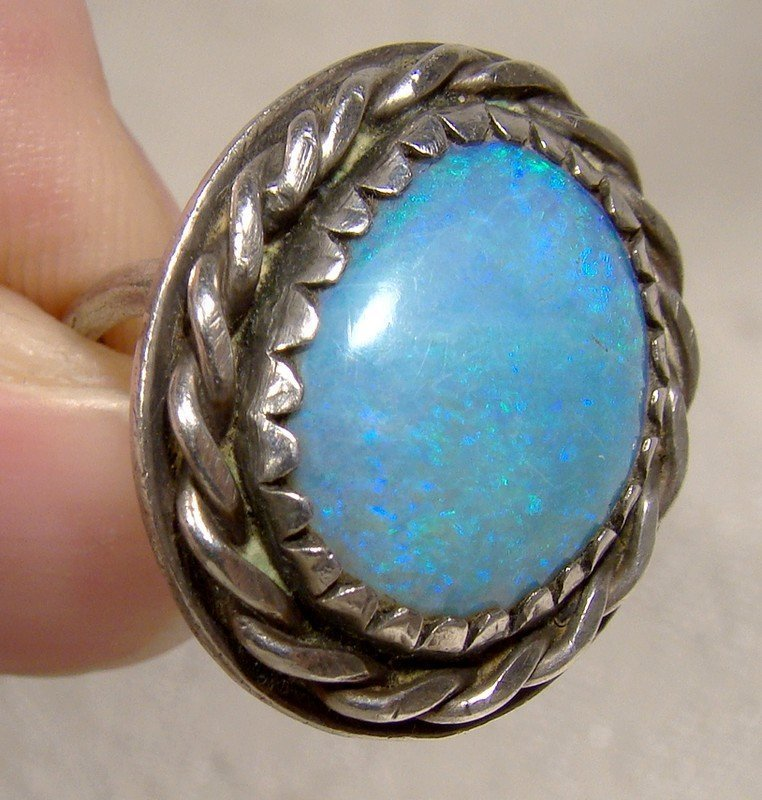 NAVAJO STERLING SILVER BLUE OPAL RING 1960s 1970 Size 6
