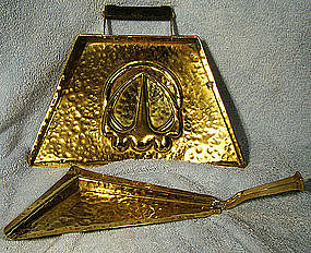 Edwardian ARTS & CRAFTS HAMMERED BRASS CRUMBER & TRAY