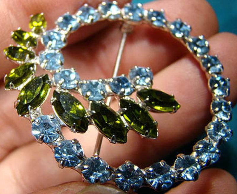 Signed B DAVID GREEN BLUE RHINESTONE PIN & EARRINGS