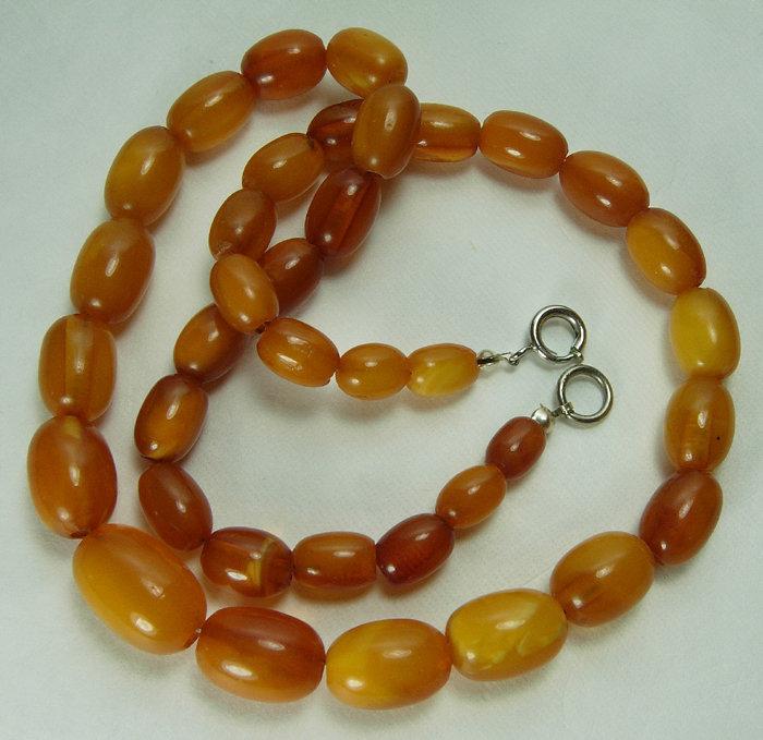 Vintage Butterscotch Egg Yolk Honey Baltic Amber Necklace 24.5 Grams