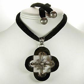Antonio Pineda Taxco Sterling Onyx Quatrefoil Necklace