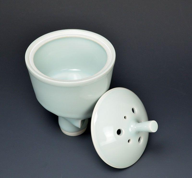 Contemporary Koro Porcelain Incense Burner by Yagi Akira