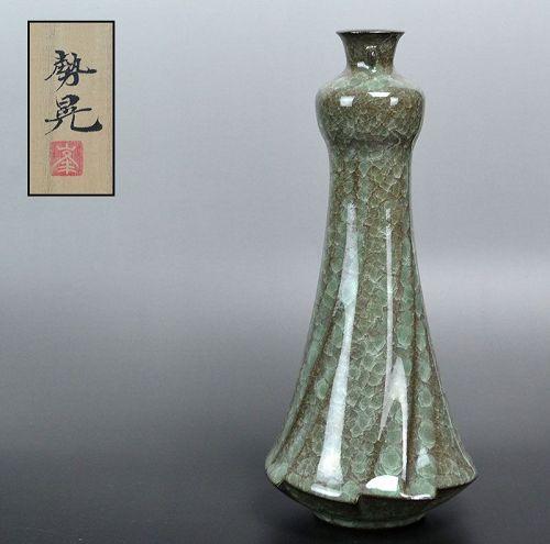 Minegishi Seiko Crackled Celadon Vase