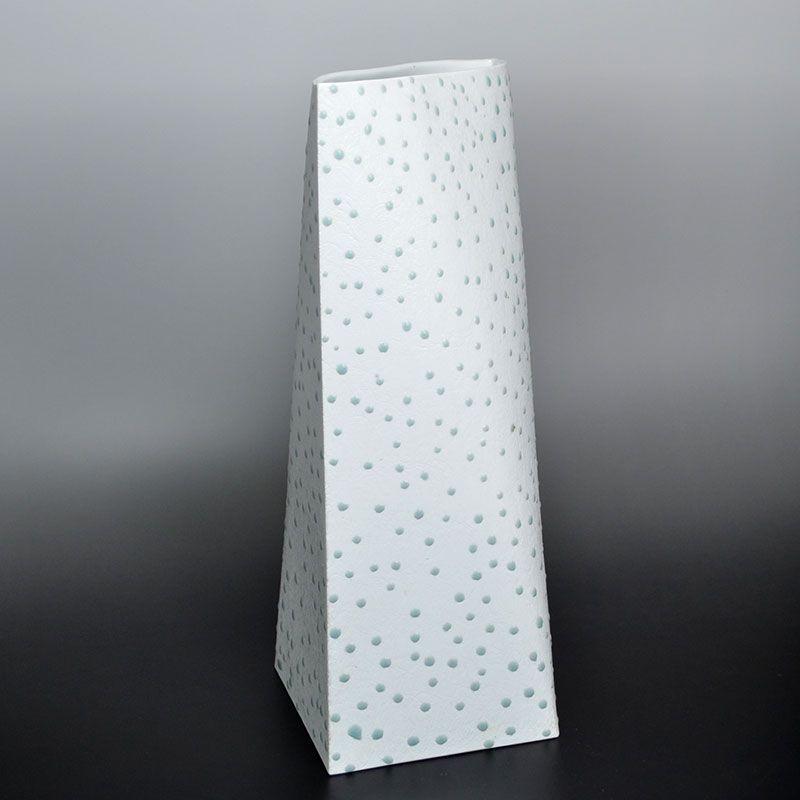 Important Artist Nagae Shigekazu Porcelain Vase