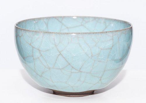 Fantastic blue Celadon tea bowl by greatest Makoto Wakao