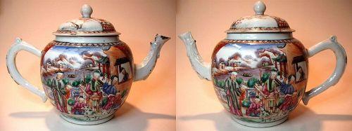 Chinese Qianlong Period Mandarin Porcelain Teapot