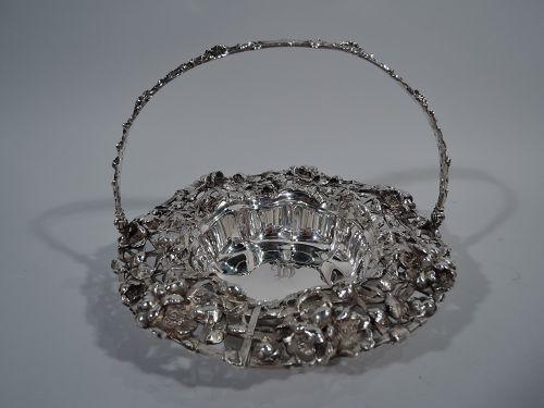 Antique American Art Nouveau Sterling Silver Flower Basket 1902