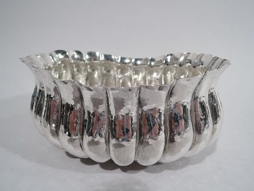 Buccellati Modern Classical Hand-Hammered Sterling Silver Bowl