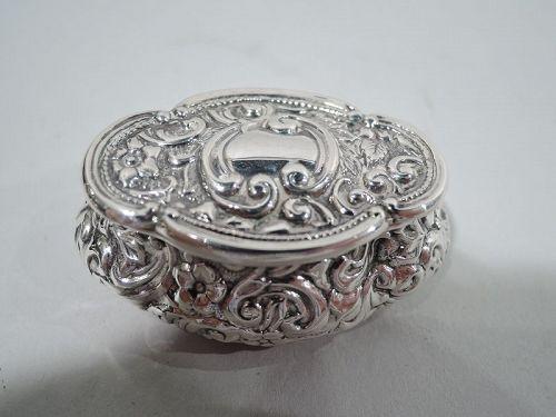 Antique English Edwardian Sterling Silver Pillbox 1901
