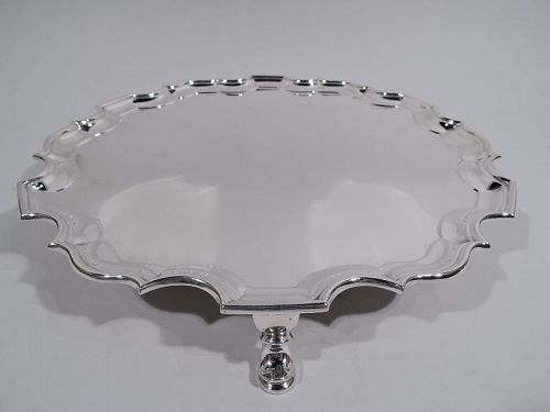 Traditional English Georgian Sterling Silver Piecrust Salver Tray 1937