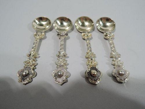 Set of 4 Antique English Victorian Silver Gilt Salt Spoons
