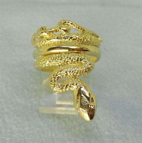 Snake Ring 18Kt Gold with Diamond Eyes
