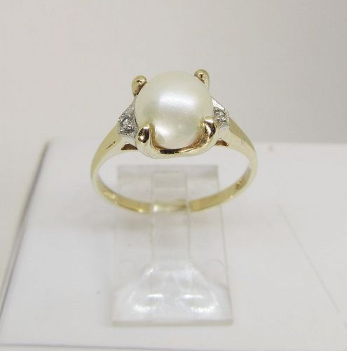 Pearl Diamond and Gold Ring