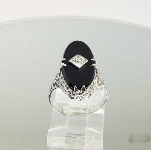 Antique Filigree Ring with Onyx and Diamond 14Kt White Gold