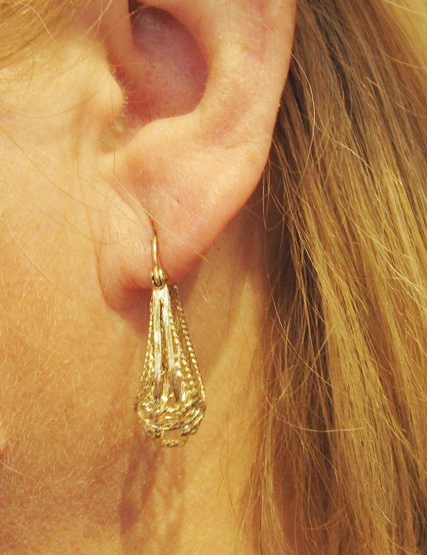 Openwork Hanging Earrings Rope Design 14Kt Gold