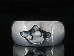 Sigi Pineda modernist Mexican silver pearl Cuff Bracelet