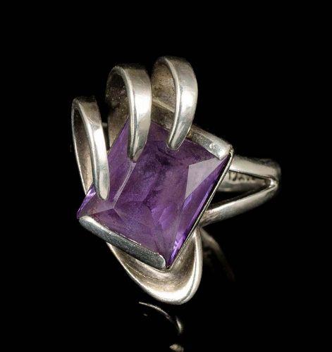 Enrique Ledesma Mexican silver color-change sapphire modernist Ring
