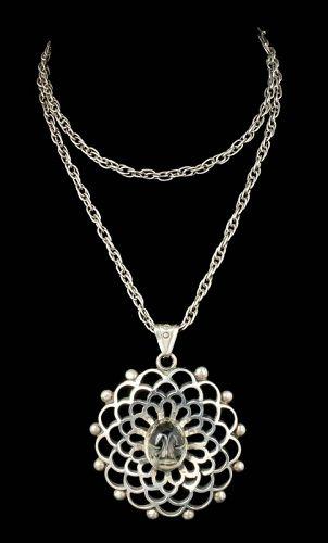 """Los Ballesteros Mexican silver lemon quartz """"mask"""" Pendant Necklace"""