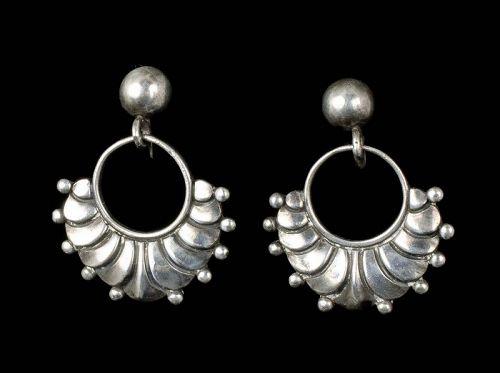 Margot de Taxco Mexican silver dangle Earrings des no 5269