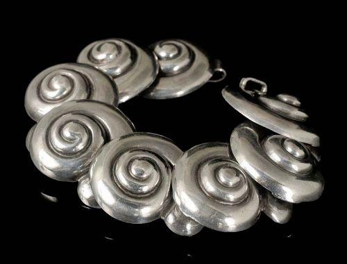 Margot de Taxco Mexican silver Bracelet ~ 5104 shells dsgn