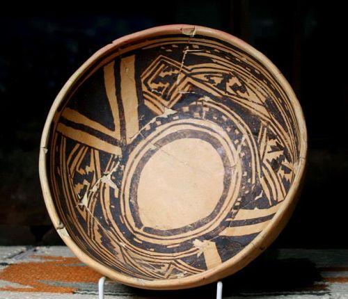 Anasazi / Jeditto black on yellow bowl ca. 1325 ad No Restoration