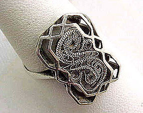 Fancy Filigree Silver Toned Ring