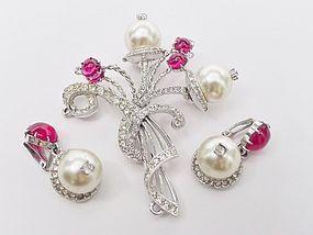 Schiaparelli at Her Creative Best - Pearls, Red Stones