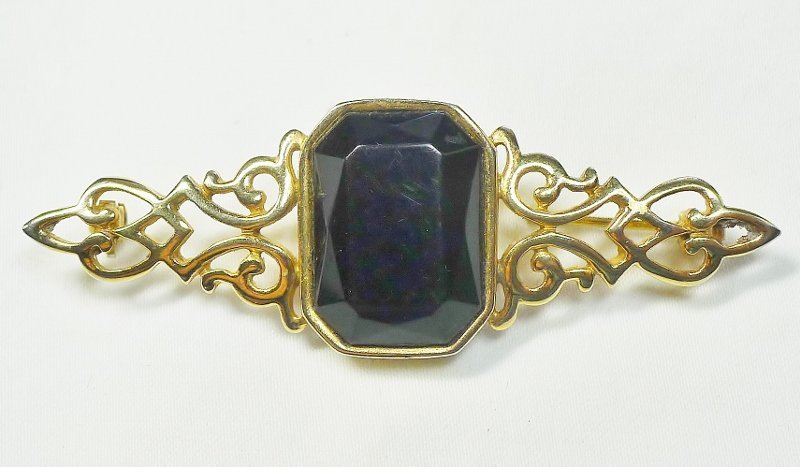 Parklane Gold Colored Brooch with Black Glass Stone