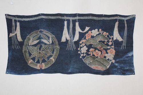 japanese antique Edo tsutsugaki Indigo Multicolor Pigment Hemp display