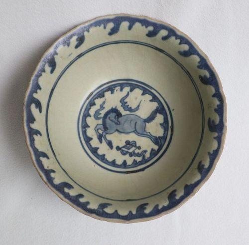 Chinese Ming Swatow Zhangzhou Bowl with Horse motive
