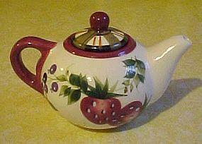 Oneida strawberry plaid mini creamer teapot