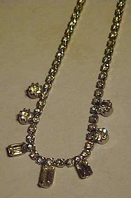Pretty sparkling rhinestone choker necklace